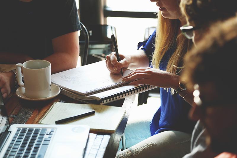 evitá los 10 errores más comunes al escribir tu curriculum